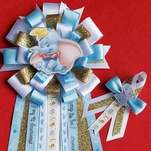 Dumbo baby shower corsage set for mommy and dad